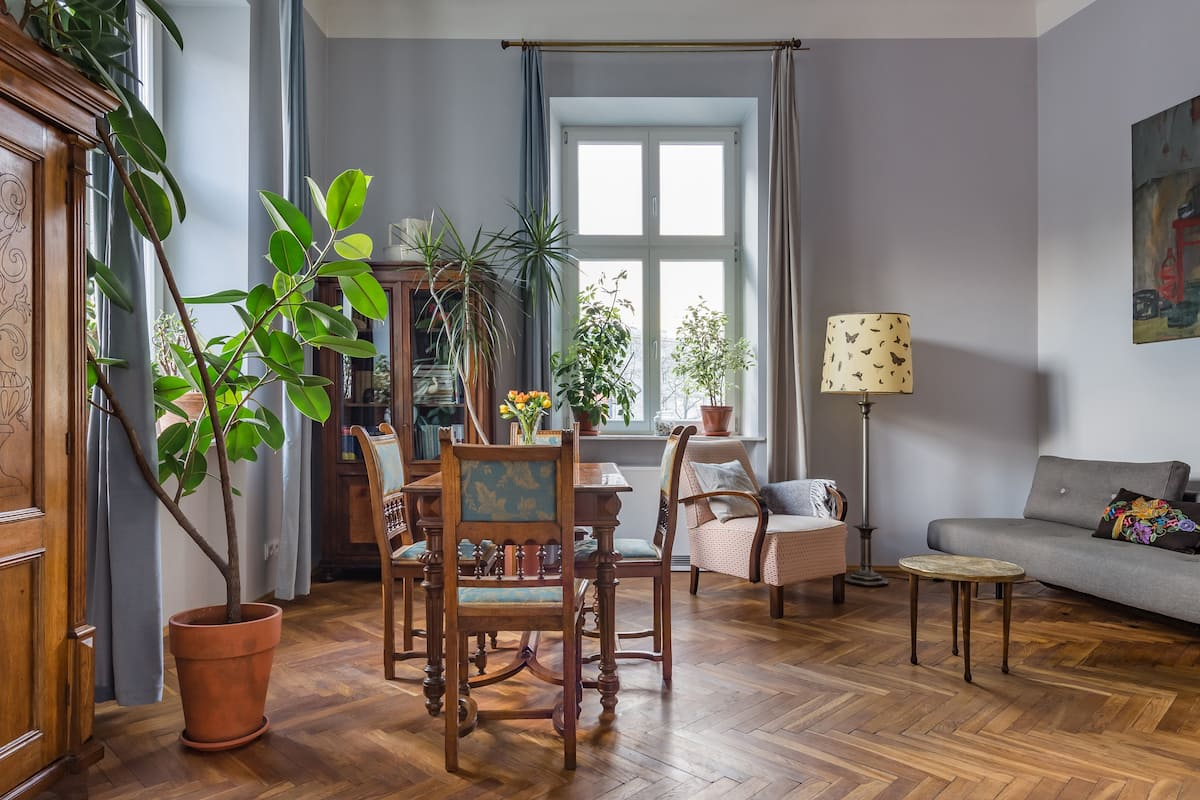 Explore WWII History from an Elegantly Restored Townhouse