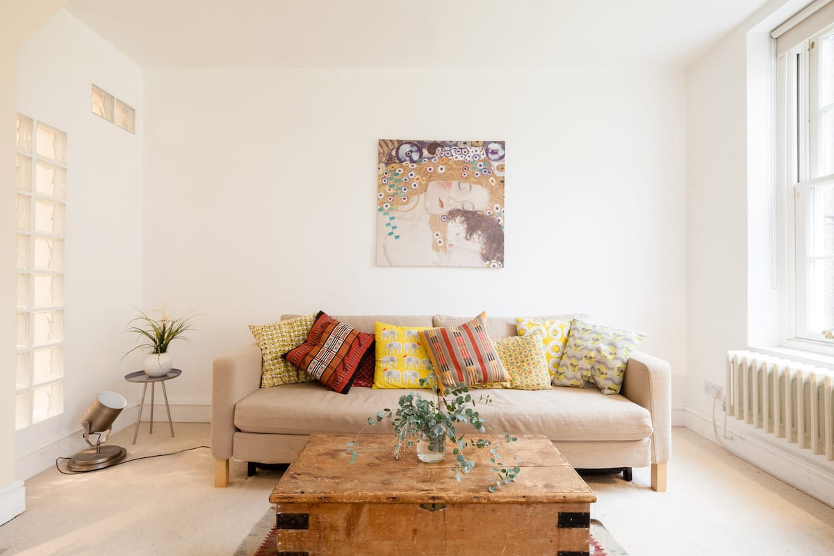 Bright, Stylish Flat near the London Eye
