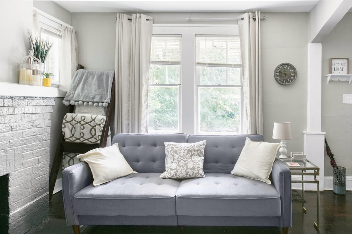 Discover Atlanta From The Peach State Pad-A Serene Bungalow