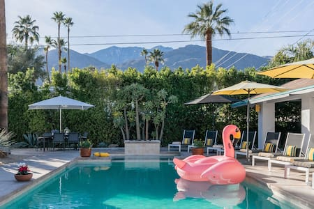 Palm Springs Magical Experience Under the Stars