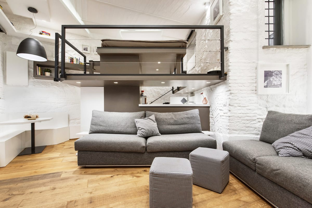 Luxury City Center Loft on a Traffic-Free Street
