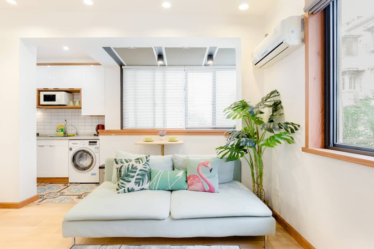 Escape to a Downtown Studio in French Concession