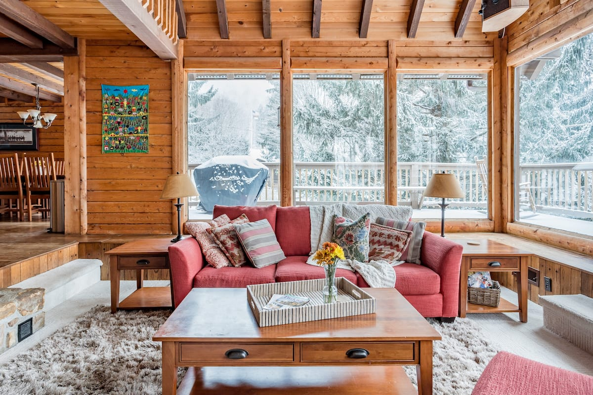 Captivating, Rustic-Chic Log Cabin, Views, at Otter Falls
