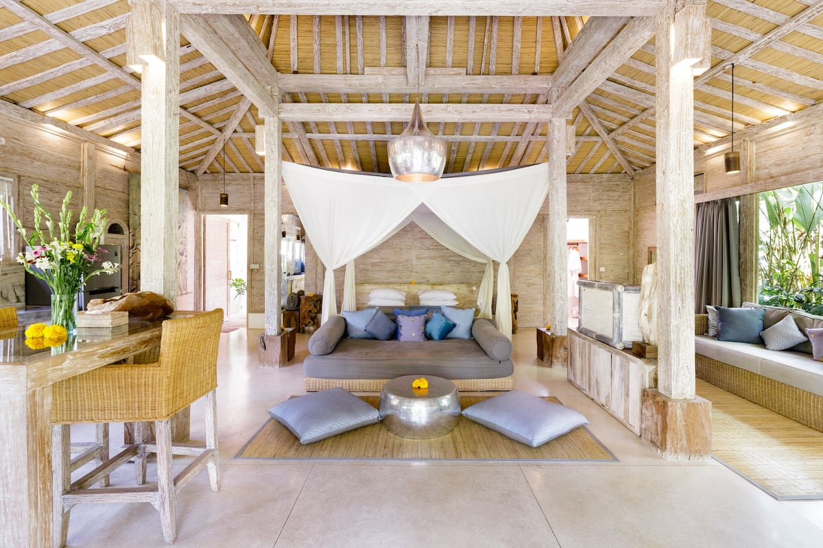 Indoor-Outdoor Living in a Unique and Relaxing Villa