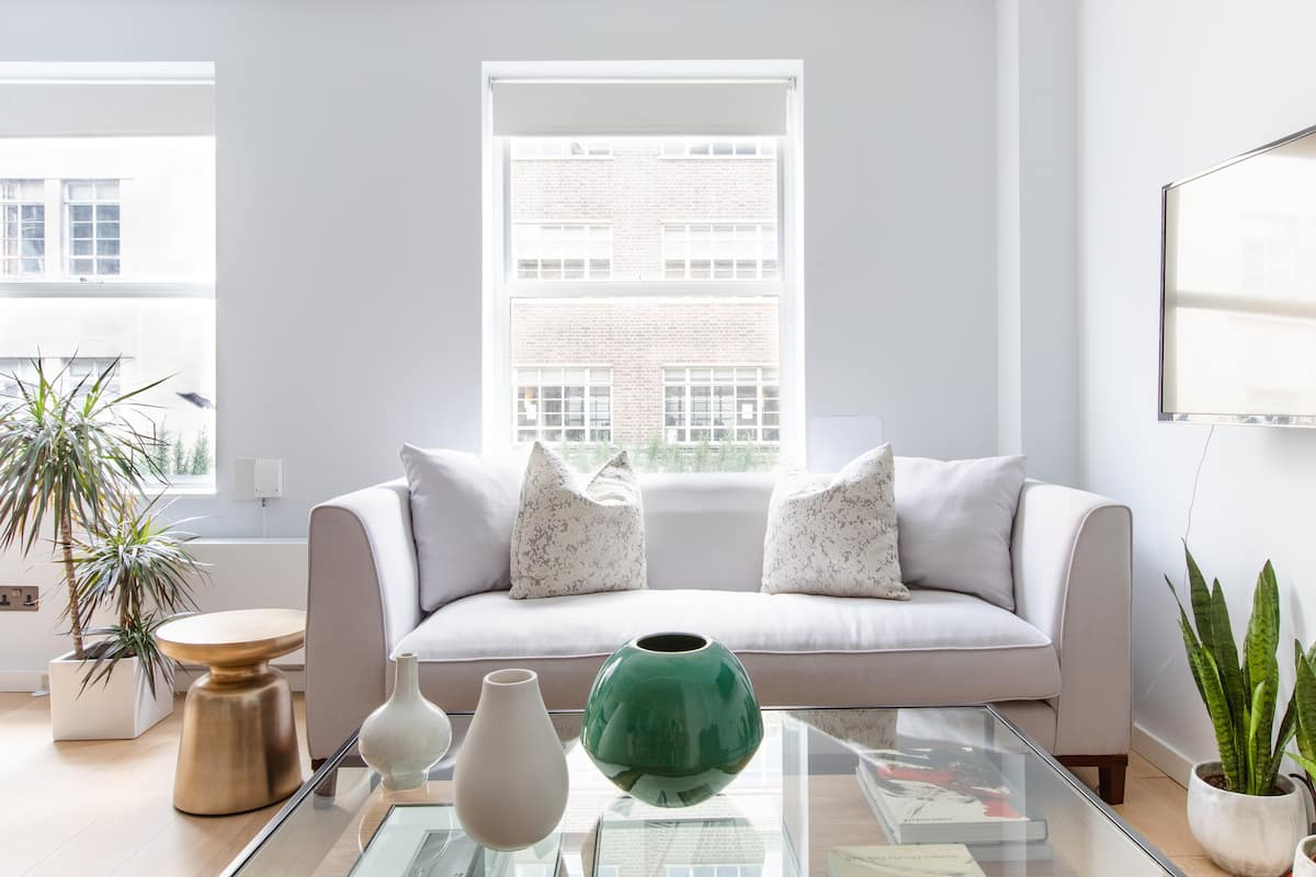 Explore Central London from a Refined Apartment