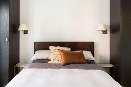 Feel the Sea Breeze at an Award-Winning Fremantle Guesthouse