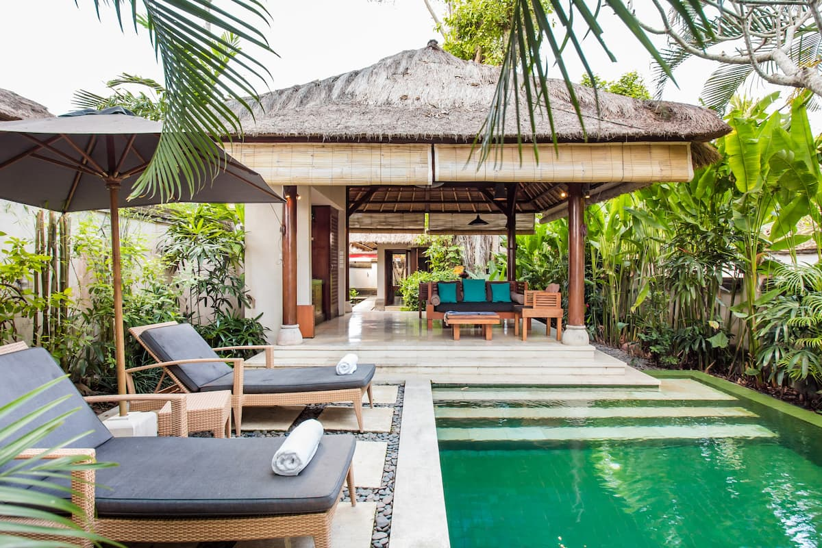 Soak up the Sun in the Private Pool of this Gorgeous Villa