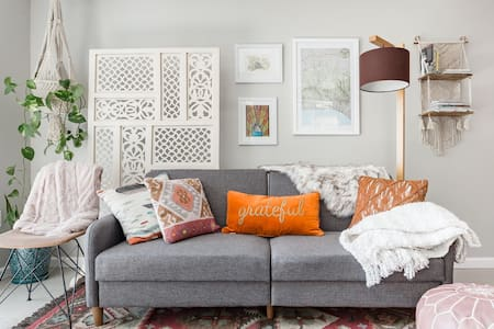 Retreat from the City in a Boho-Chic Hillside Bolt-hole