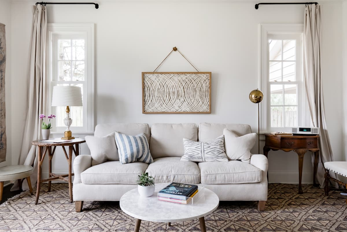 Airy, Elegant Style at a Lipscomb/Green Hills Hideaway