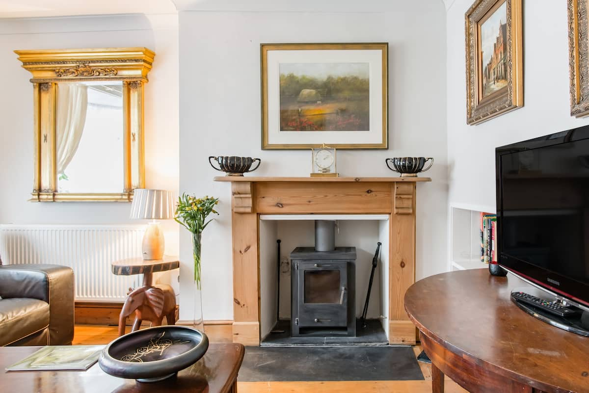 Period-Home Charm with Secluded Walled Garden in Town Centre