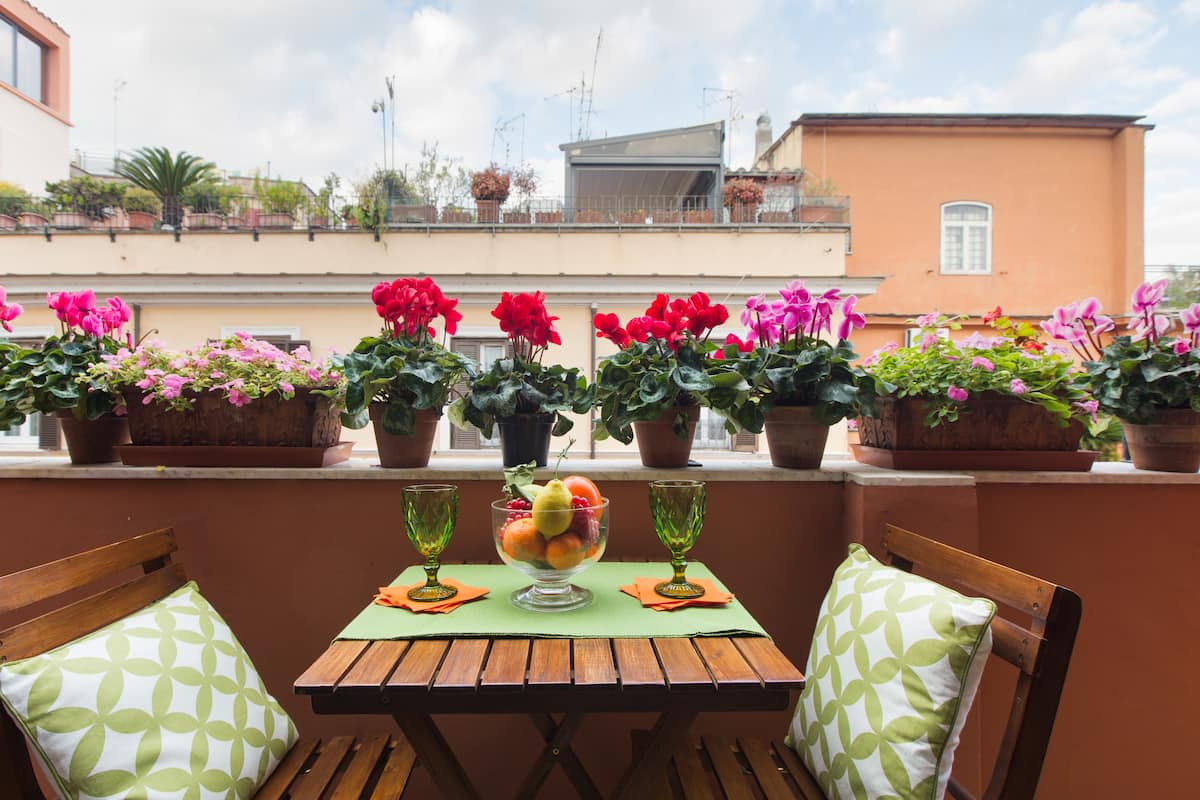 Cosy, Sunny and Romantic Apartment near Spanish Steps