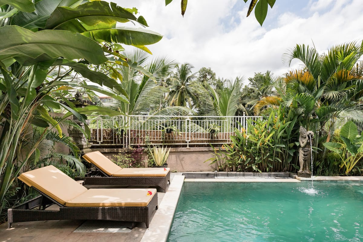 Peaceful Satya Villa Hideaway Near Center of Ubud