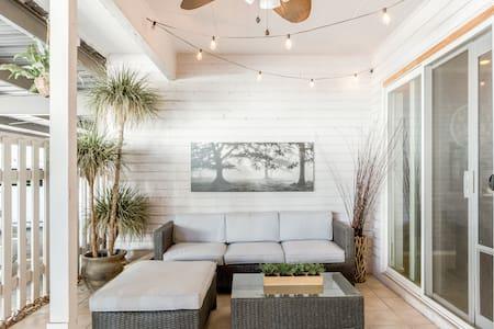 Unwind in a Cozy Retreat in Old Town Scottsdale