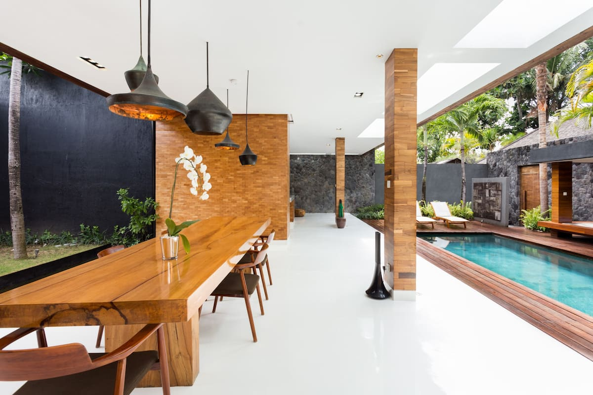 Peaceful, Modern, Breezy Private Villa with Beautiful Pool