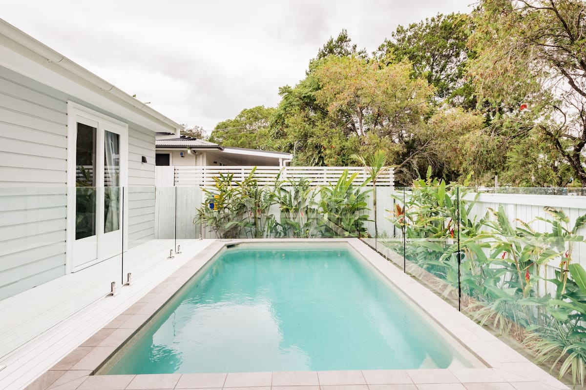 A Perfect Stay. Barrel and Branch. Stylish Home with Pool.