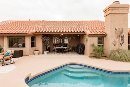 Explore Fountain Hills from a Beautiful Poolside Bungalow