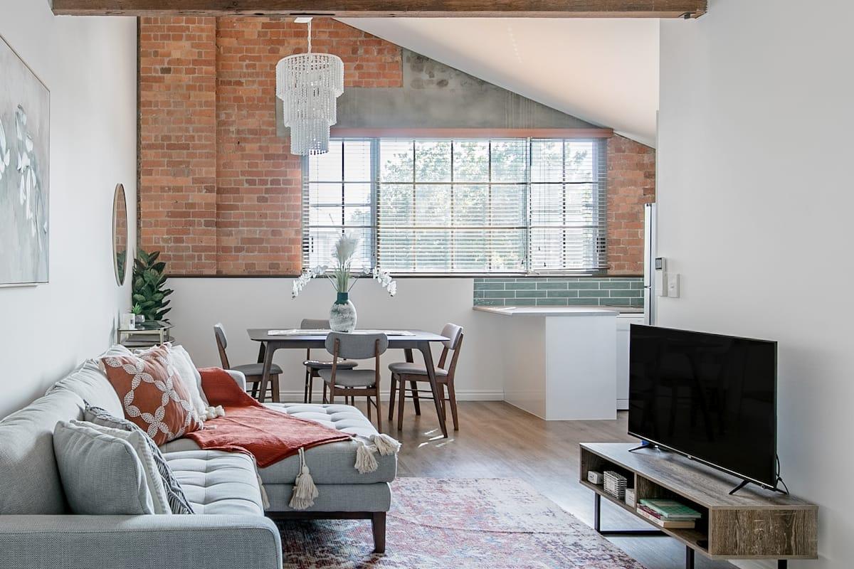 Powerhouse Apartment - Super Stylish with Nostalgic Ambience