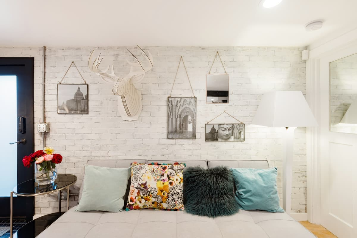 Bright Jewel on North Capitol Hill Surrounded by Parks