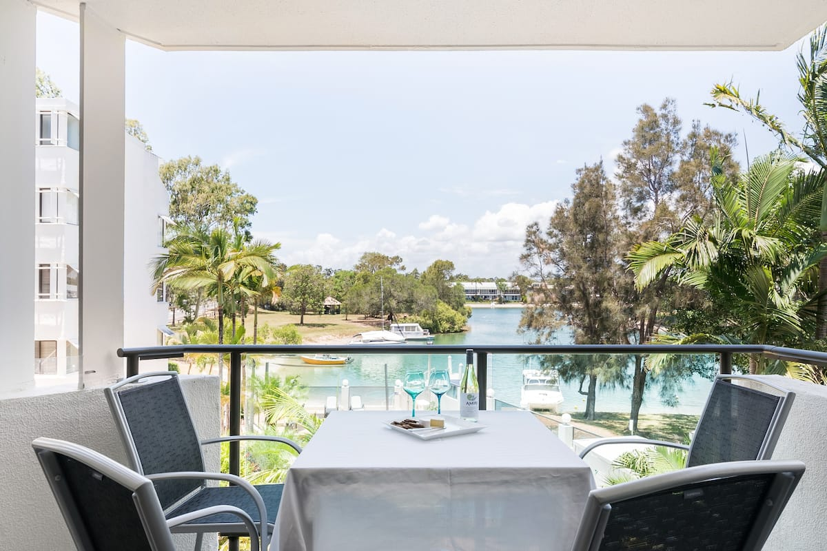 Sun Lagoon, Noosa Heads, River View Deluxe Two Bedroom