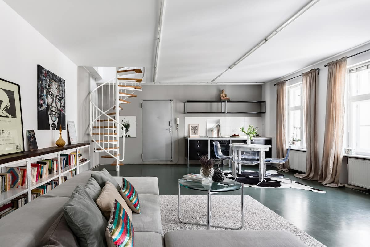 Soak up the Unique Vibe of an Expansive Artist's Loft