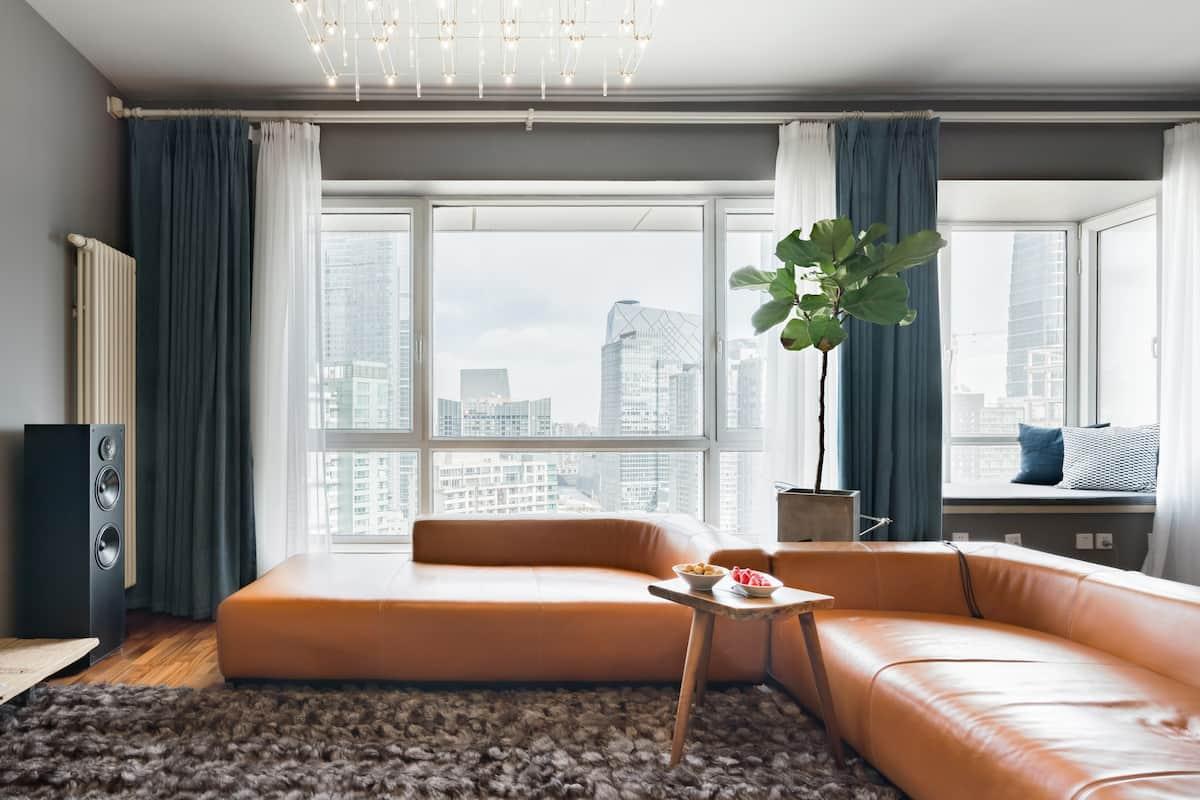 带飘窗的灰色主题时尚一居室