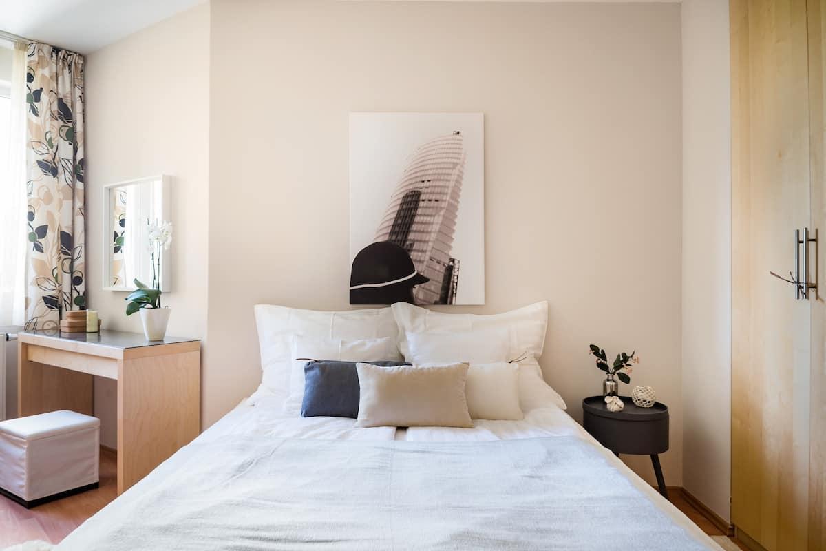 Soak up the Homey Vibe at a Cozy, Family-Friendly Retreat
