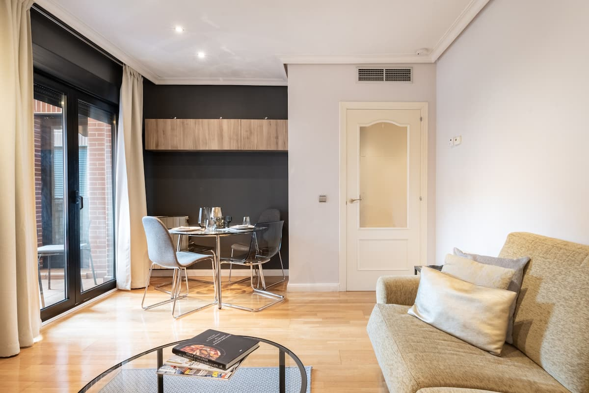 Walk to the Prado from a Simple and Chic Apartment