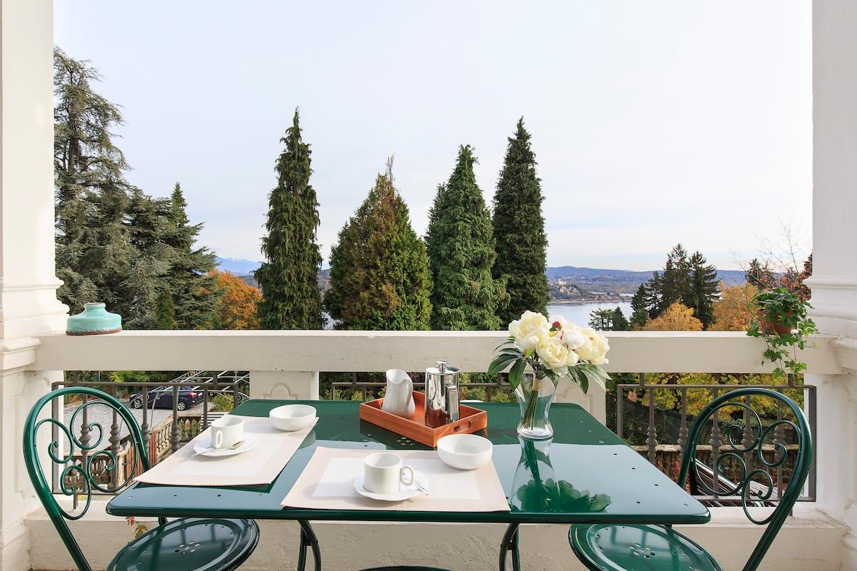 Appartamento in una Villa Belle époque Sul Lago Maggiore
