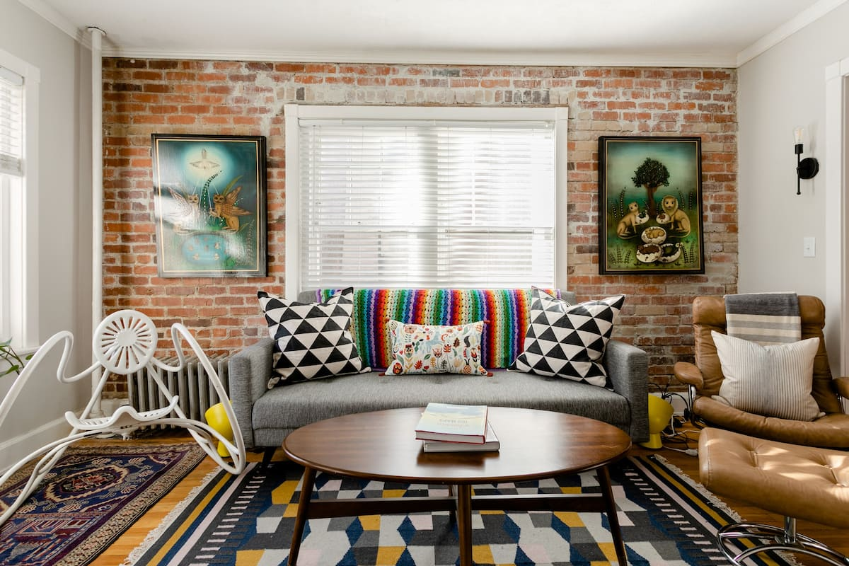 Art Lover's Vintage Corner Condo in Heart of Downtown