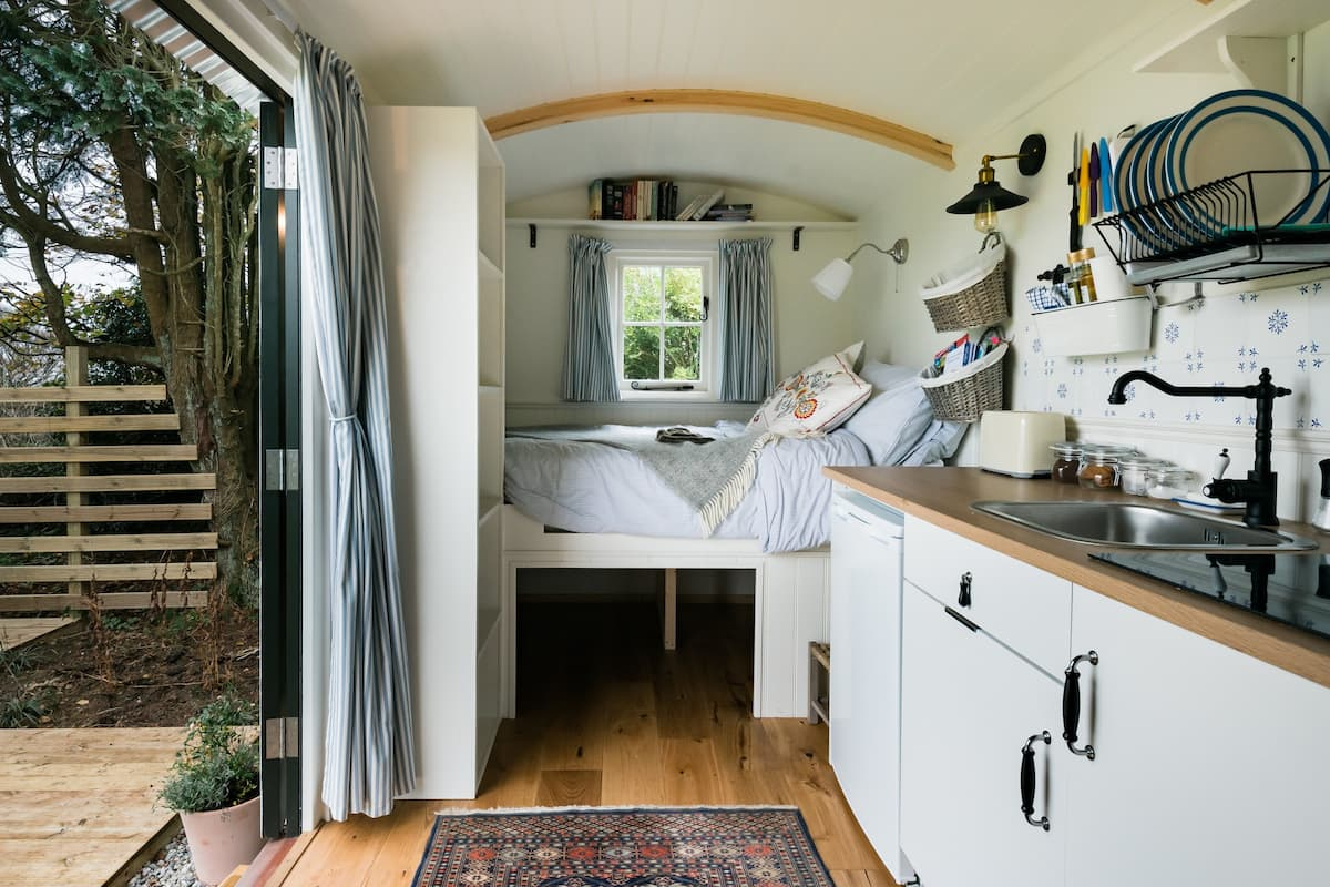 Glimpse Countryside Views From an Enchanting Shepherds Hut