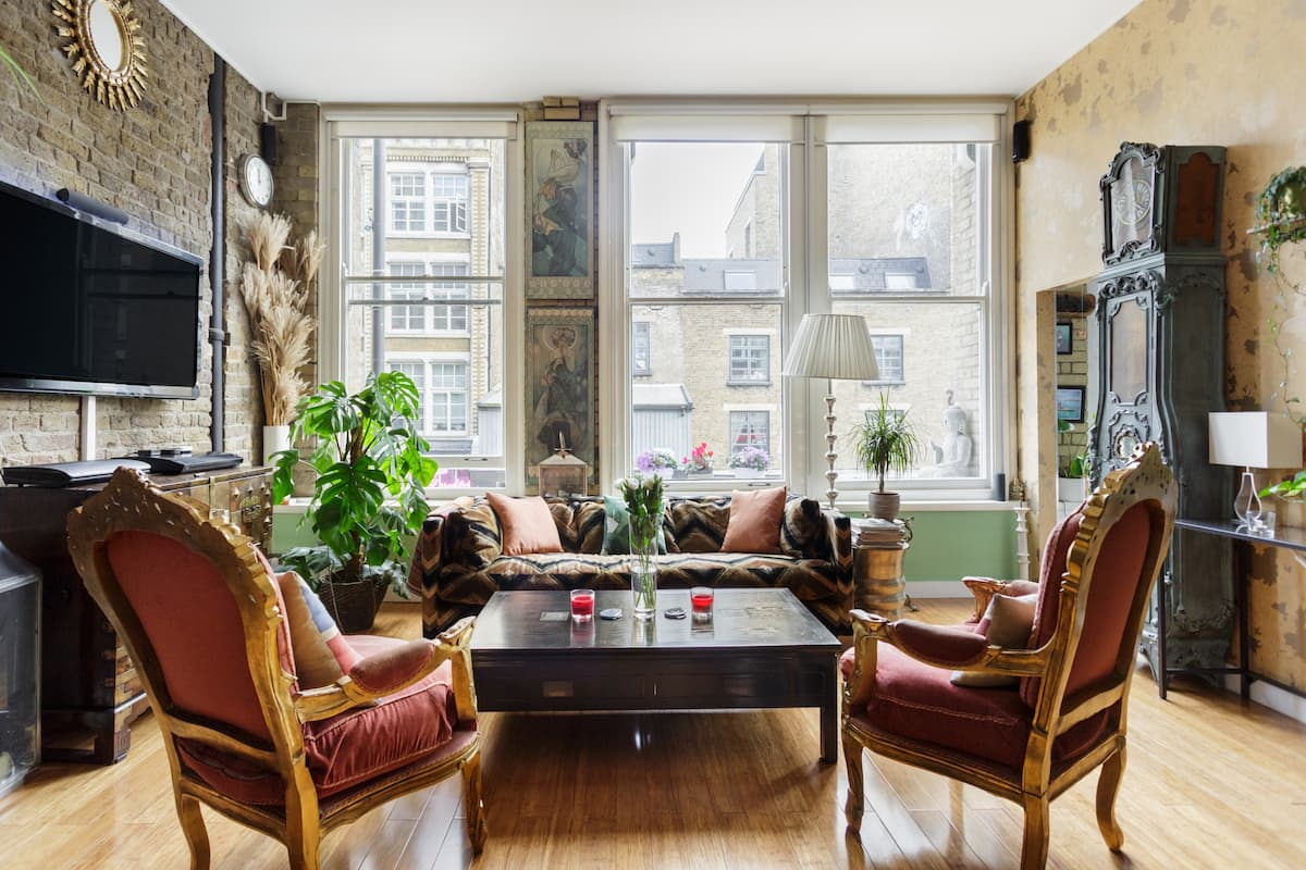 Characterful Warehouse Apartment in the Heart of Shoreditch