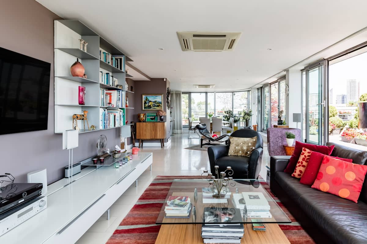 Savour Sweeping Skyline Views at a Clerkenwell Penthouse