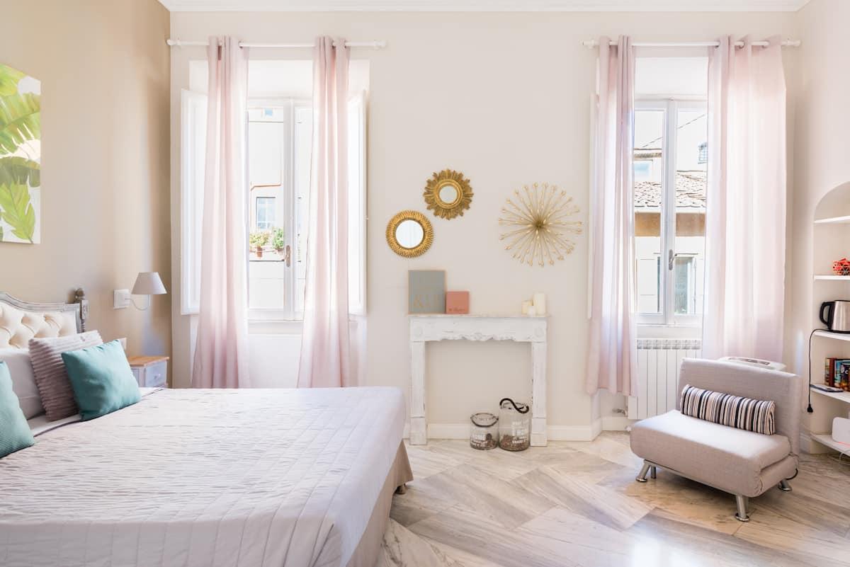 Elegante appartamento dai toni rilassanti nel rione Monti