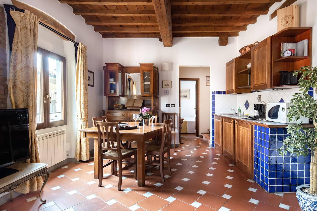Casa Pinti, a charming home in the Florence center