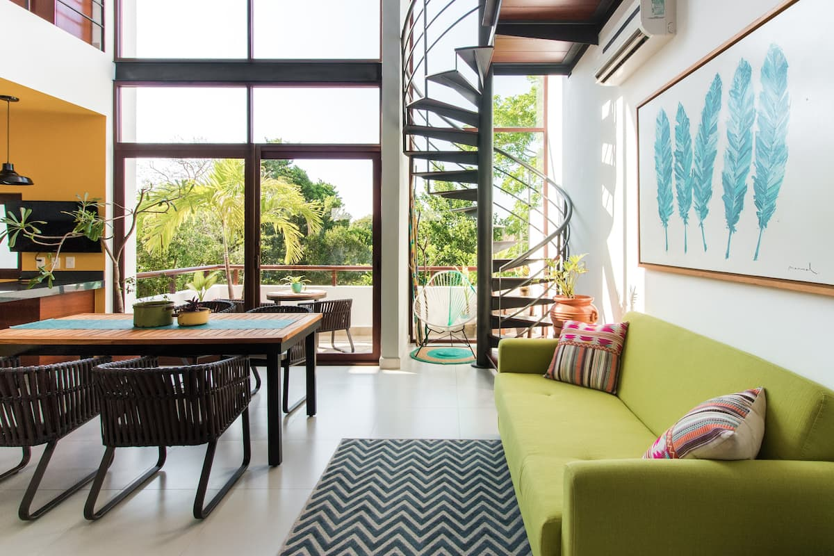 Exclusive & Tropical Two-story Penthouse with Balcony