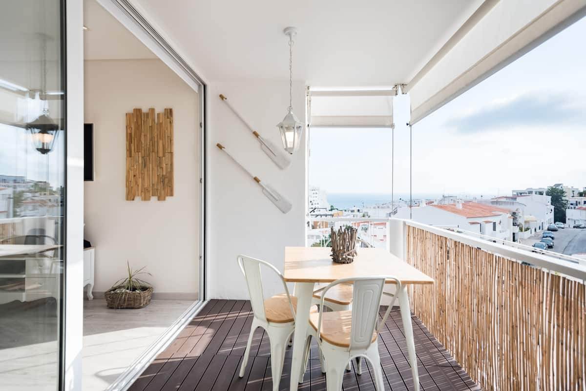 DESIGN APARTMENT, SEA VIEW BALCONY, OLD TOWN
