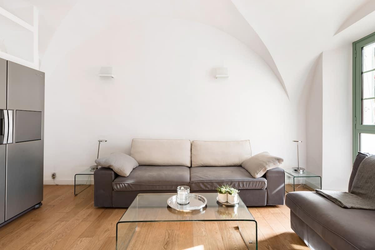Loft Moderne dans ancienne bâtisse. Meilleur confort et Emplacement