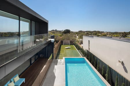 Blairgowrie Luxury Beach House