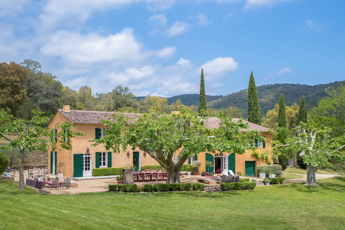 Provence Country Villa St Julien on 27 Private Acres