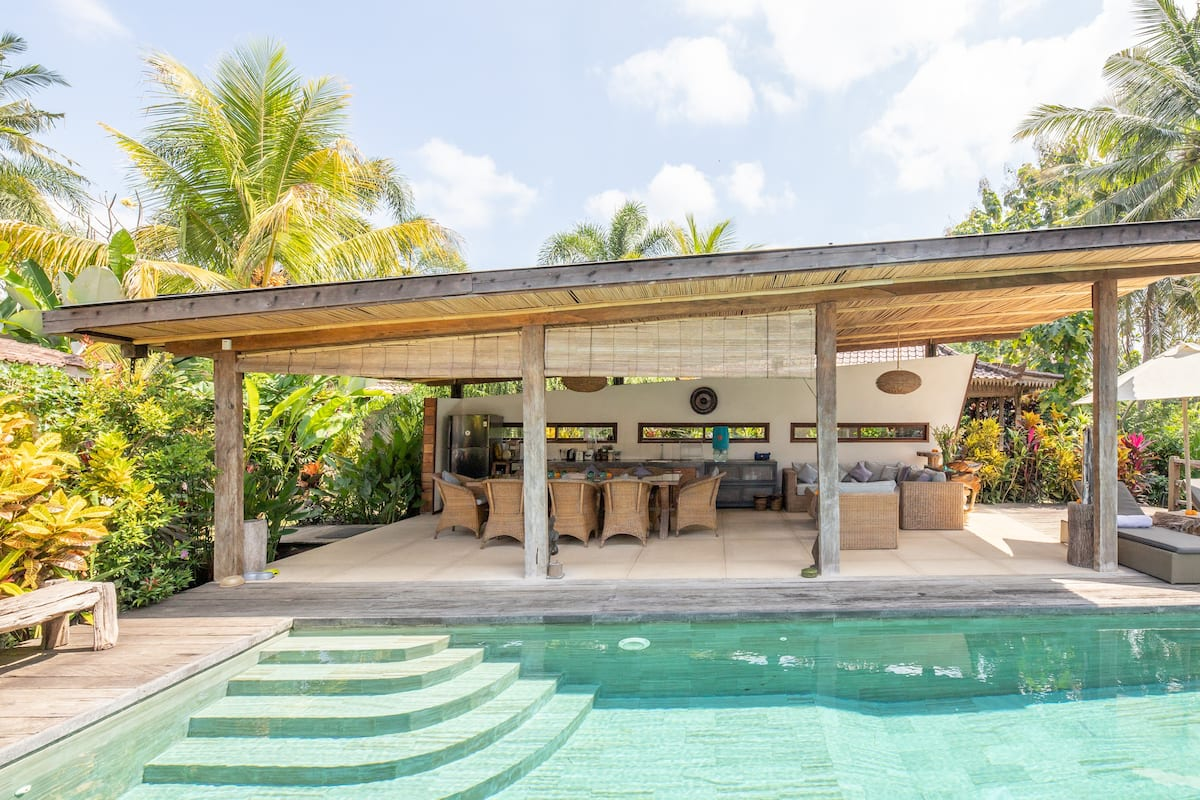 Indoor-Outdoor Living with an Infinity Pool
