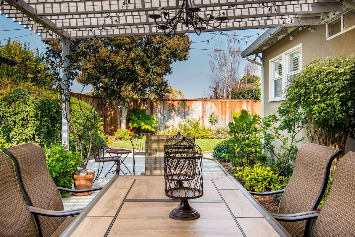 Sit out on the Terrace of this Chic Home in Silicon Valley