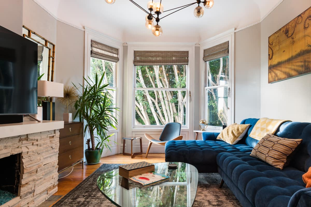 Exquisitely Designed Classic Condo near Mission Dolores Park
