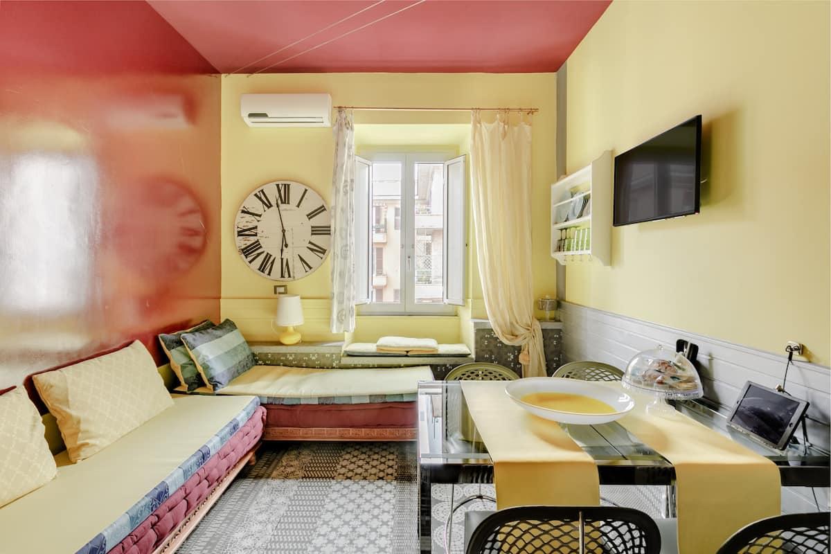 Allegro appartamento di design extra lusso vicino al Colosseo