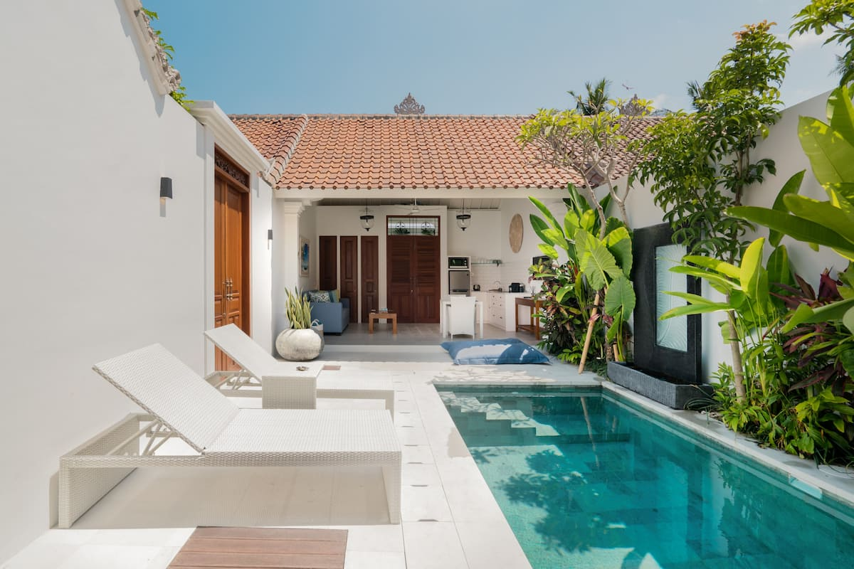 Tranquil Open-Air Villa with Pool in Casa Sintra Seminyak