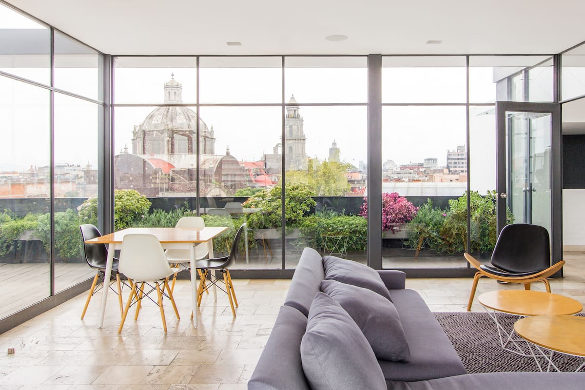 Near the Zocalo, cozy, modern and with an amazing roof garden (P13)