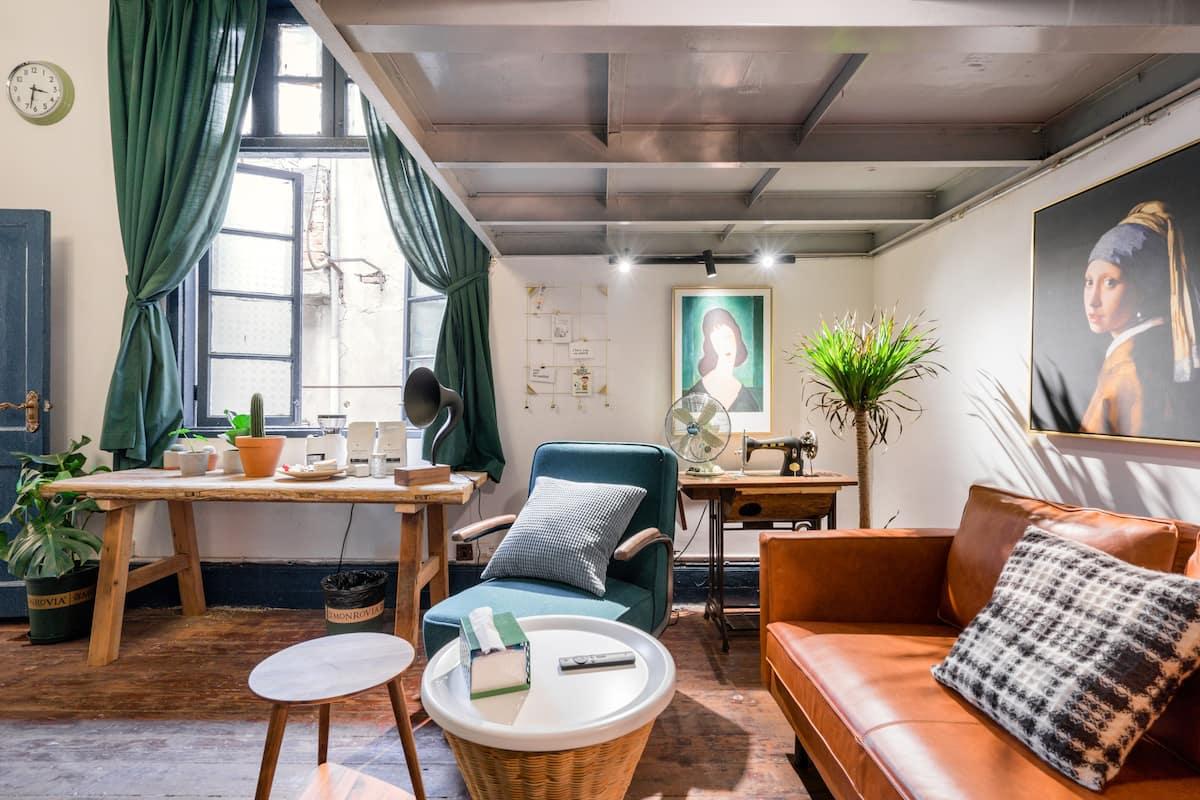 在泰兴里的文艺老公寓感受武汉里份风情
