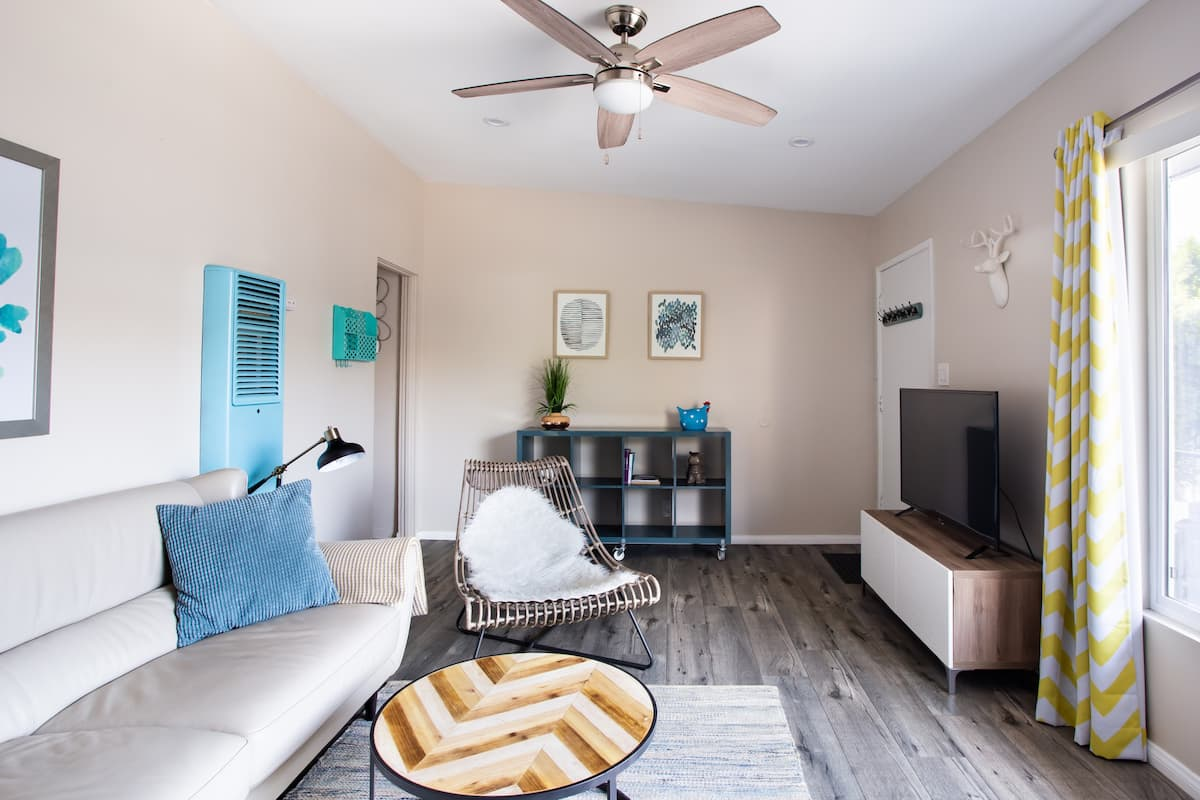 Explore the City from a Sunny Palms Apartment