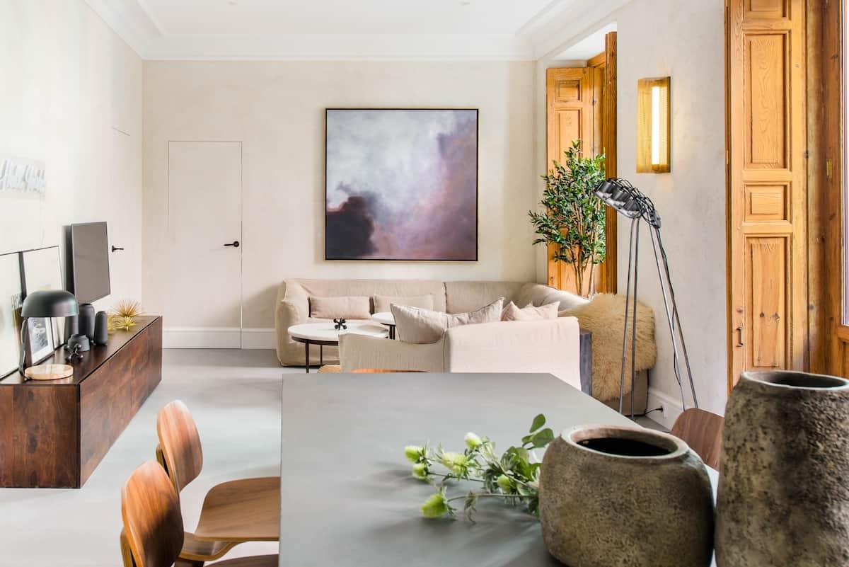 Opulencia y color en un apartamento de diseño en la Gran Vía