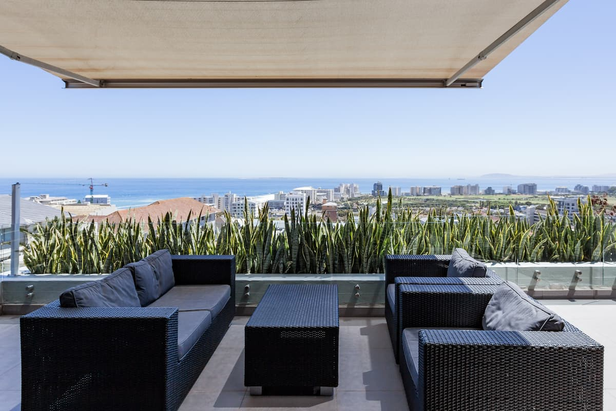 Savor Uninterrupted Views at Spacious Green Point Apartment