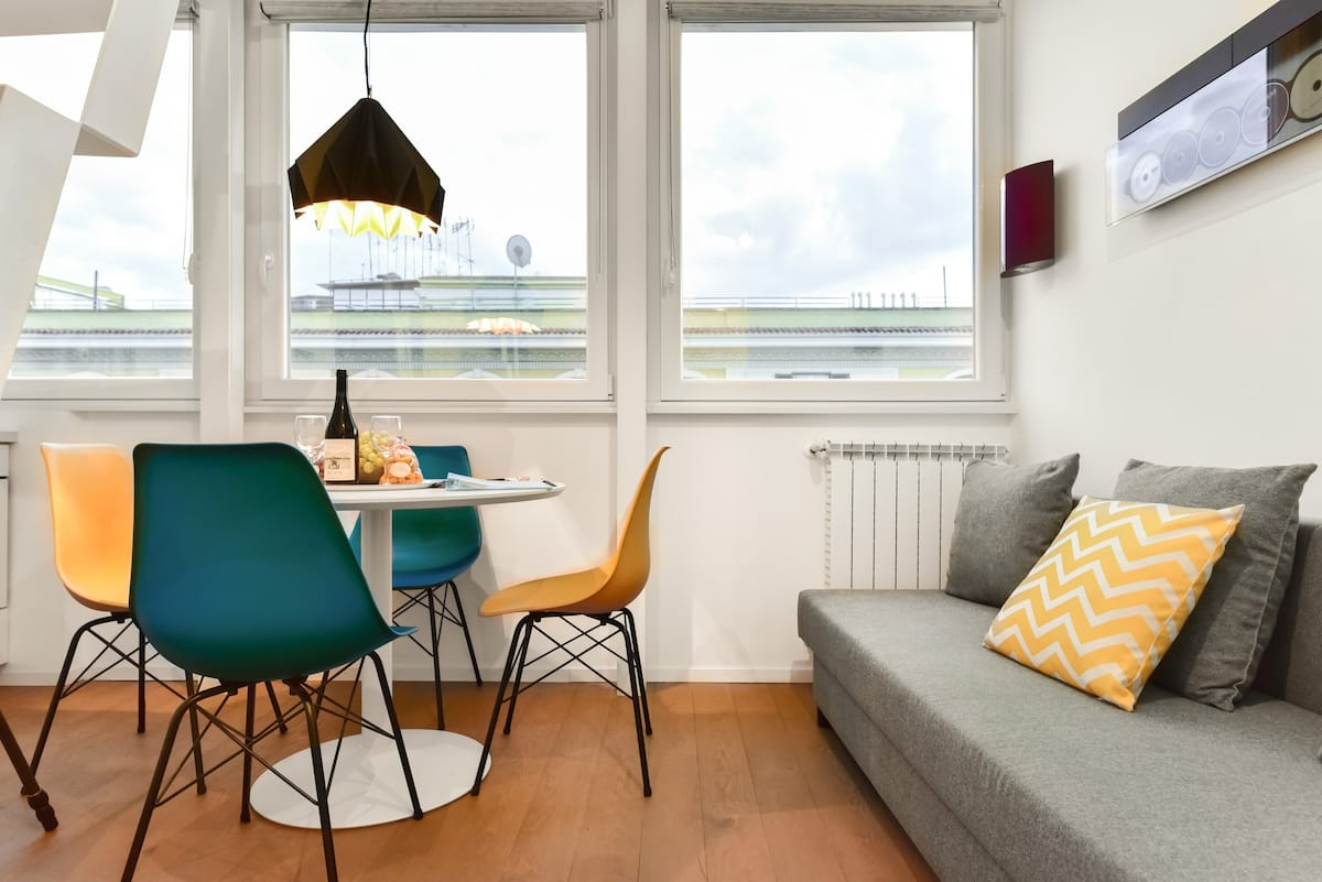 See St. Peter's Basilica from a Vibrant Apartment